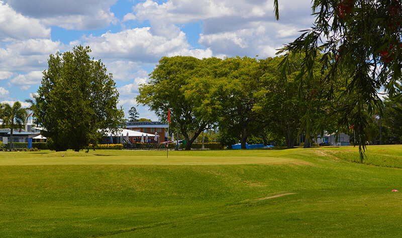 Willes Cafe Recommends Trying out the Bulimba Golf Course